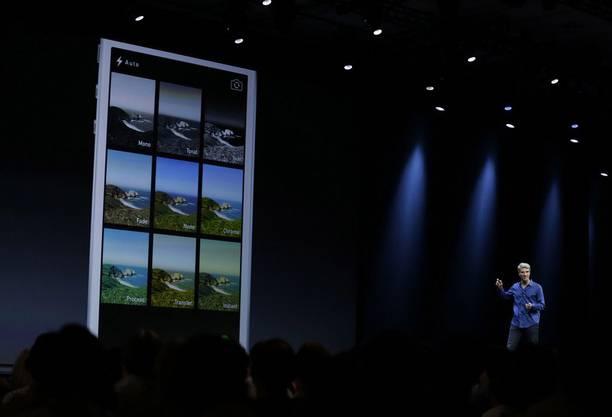 Craig Federighi stellt die Neuerungen bei der Kamera und den Fotoeinstellungen vor