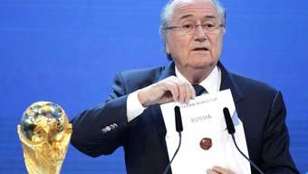 Ein kleiner Mann in seiner Rolle des Lebens: Joseph S. Blatter macht Russland zum WM-Land.