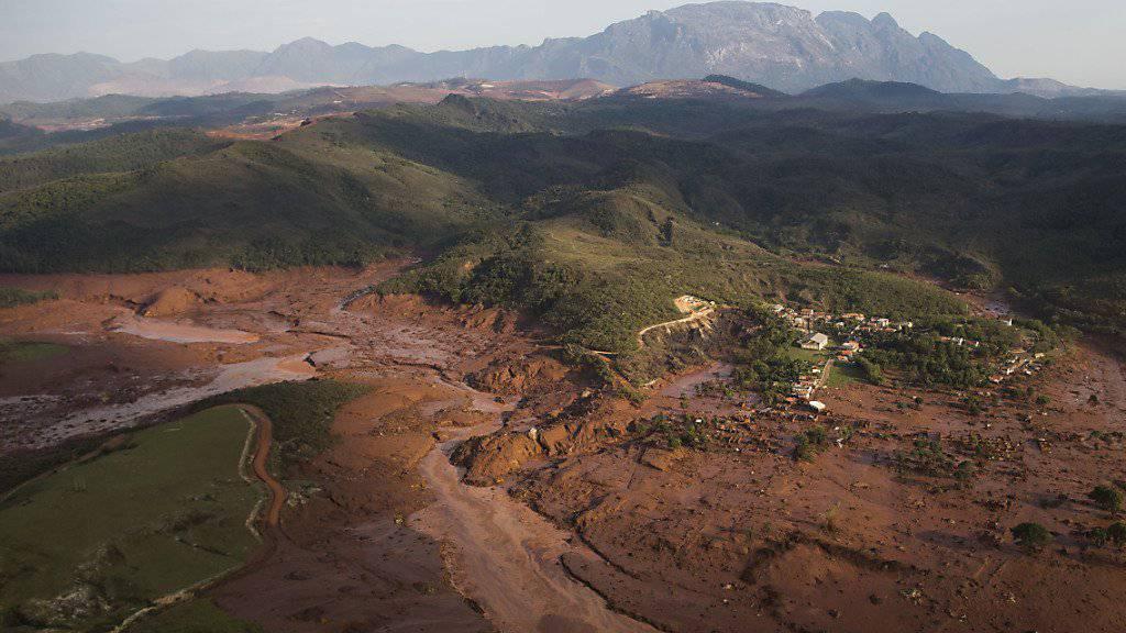 Die Schlammmassen nach dem Dammbruch in Brasilien - sie sollen nicht giftig sein. (Archiv)