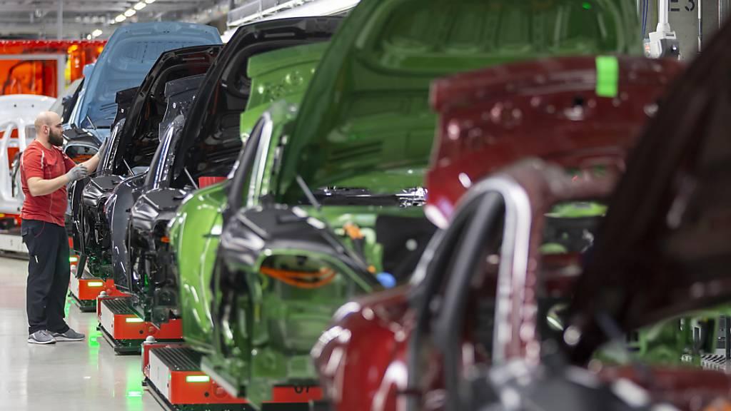 Untersuchung möglicher Manipulationen von Benzinmotoren bei Porsche (Archivbild)