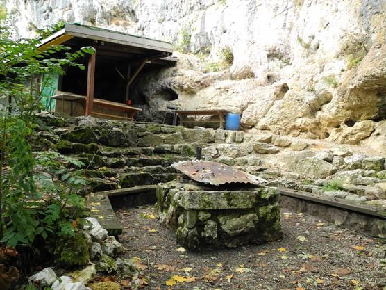 Der Grillplatz unterhalb der Burgruine