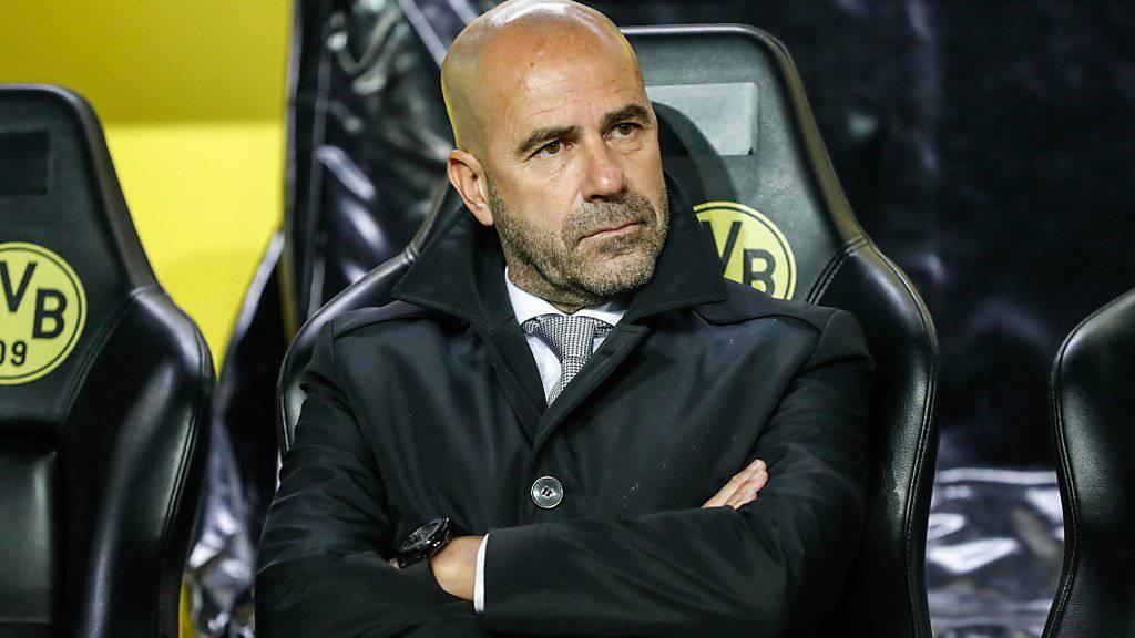 Borussia Dortmund und Coach Peter Bosz wollen im Spitzenspiel gegen Bayern München den Negativtrend stoppen.