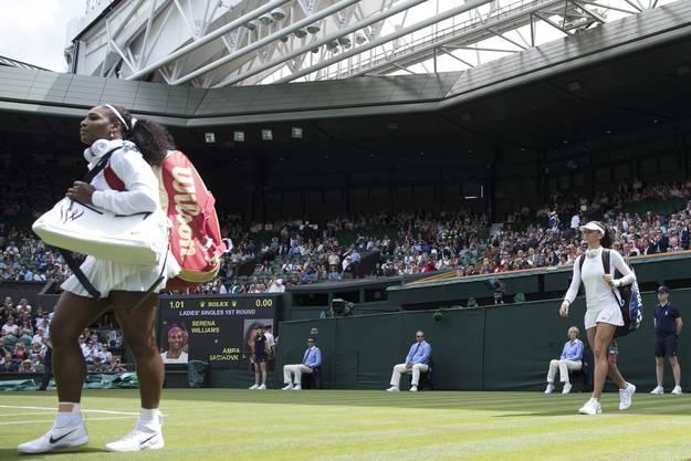 Was für ein Moment! Auf dem Centre Court von Wimbledon gegen die Beste des Fachs spielen zu üdrfen: Amra Sadikovic spielt gegen Serena Williams