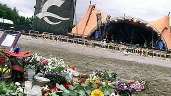Trauer heute wie vor zehn Jahren am Ort des Unlücks (Archiv)
