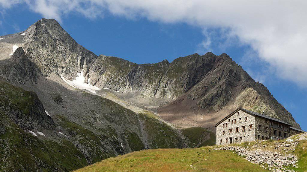 Opposition gegen zweiten Nationalpark: Bergsteiger fordern freien Routenwahl rund um die SAC Terrihütte am Rand der Greina-Hochebene im Bündern Oberland.