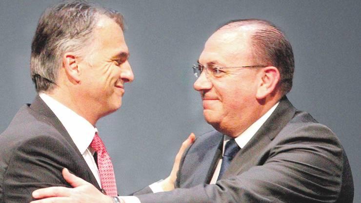 Der UBS-CEO Sergio Ermotti mit Verwaltungsratspräsidenten Axel Weber (rechts).