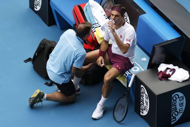 Musste sich an der Leiste behandeln lassen: Roger Federer auf dem Weg zum Sieg im Viertelfinal.