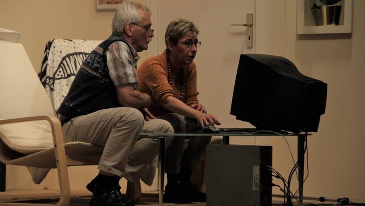 Die «Internet-Panther» chatten mit der Facebook-Gemeinde über die Zustände in den Seniorenresidenzen.