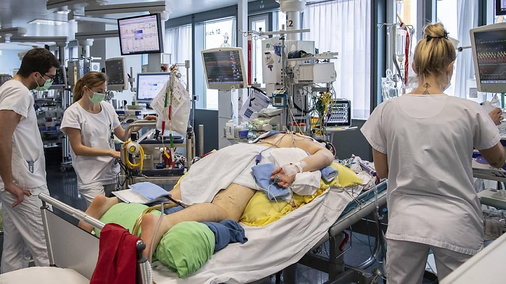 Studie: Risiko für Spitaleinweisung bei Delta doppelt so hoch