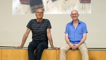 Sind wie schon vor vier Jahren ein Teil des kreativen Teams für die Villmerger Theateraufführungen 2022: Regisseur Dodó Deér und Autor Paul Steinmann (rechts).