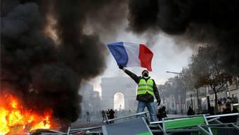 Bei den «Gelbwesten»-Protesten schwingt immer auch die Kritik an der politischen Elite Frankreichs, aber auch Brüssels mit.