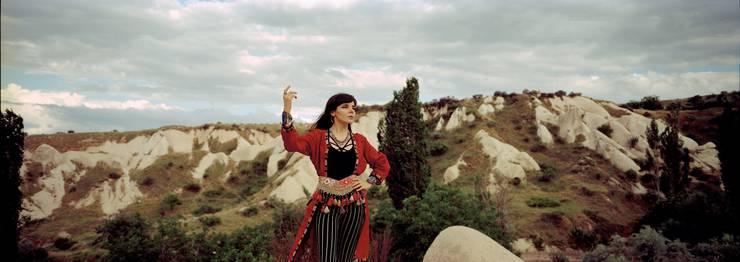 Die Macht der Frau ist in Akyols neuem Album «Istikrarlı Hayal Hakikattir», das übersetzt «Beständige Vorstellung ist Realität» bedeutet, zentral.