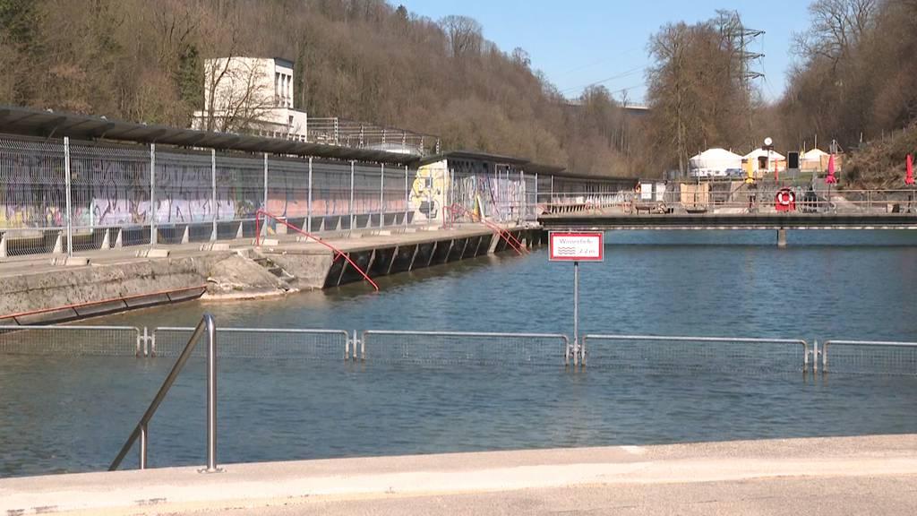 Badeaufsicht streichen und Schwimmbecken abdecken: Die Sparmassnahmen im Lorraine-Bad stossen auf Widerstand