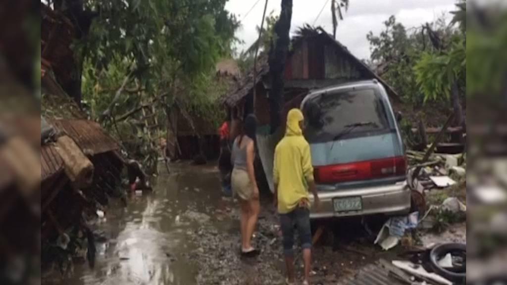 Taifun fordert mindestens 16 Todesopfer