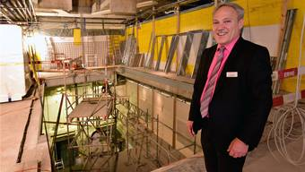 Vorsicht Baustelle! Coop-City-Geschäftsführer Hans Ruedi Kern blickt dem Abschluss der Bauarbeiten Ende Oktober freudig entgegen.