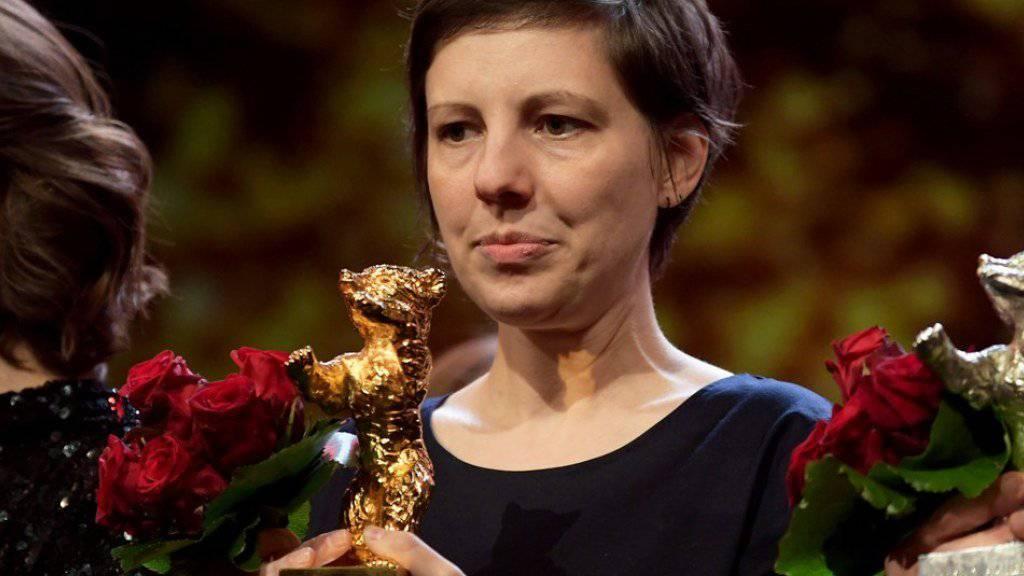 """Ist für ihr Werk """"Touch Me Not"""" überraschend mit dem Goldenen Bären der diesjährigen Berlinale ausgezeichnet worden: die rumänische Regisseurin Adina Pintilie."""