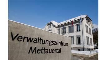 Christian Kramer ist neuer Gemeinderat von Mettauertal, Verena Schmid neue Vizepräsidentin.