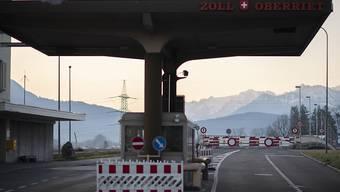 Die Grenze zwischen Oberriet und Meiningen in Österreich: Schon Anfang Juli soll die Reisefreiheit und Personenfreizügigkeit im gesamten Schengen-Raum wieder hergestellt sein. (Archivbild)