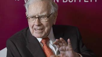 Die US-Investorenlegende Warren Buffett hat bisher rund 34,5 Milliarden Dollar an Wohltätigkeitsorganisationen gespendet. (Archivbild)