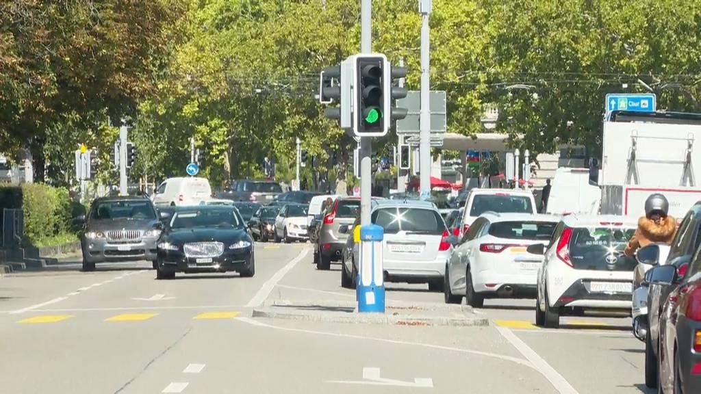 Von vier auf zwei Spuren: Droht nun der Megastau auf der Bellerivestrasse?