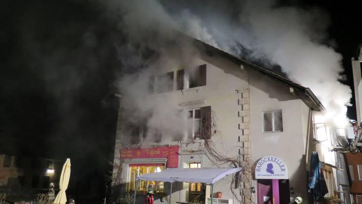 Der Brand in der Sissacher Tapas Bar Casa Pepe brach am Mittwoch kurz vor Mitternacht aus.