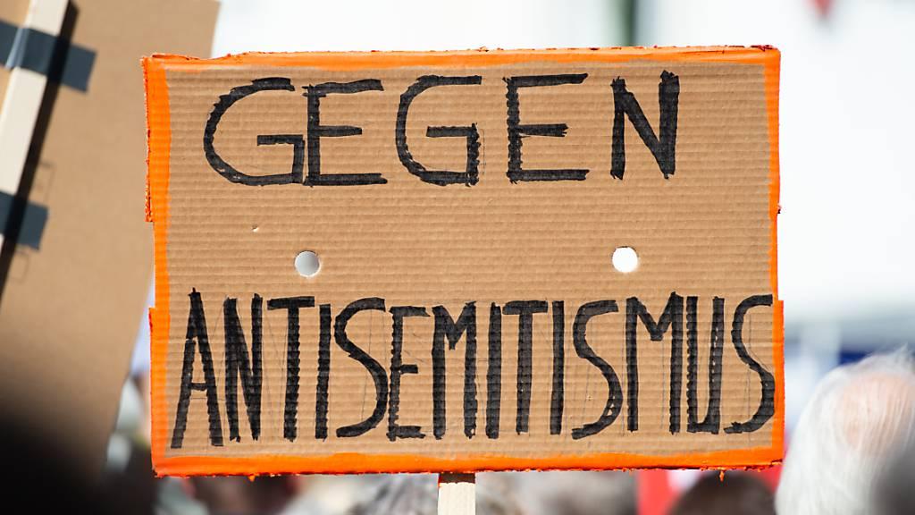 2020 weltweit weniger antisemitische Gewalt
