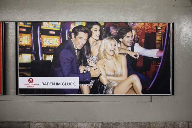 Die Plakatwerbung des Grand Casino Baden.
