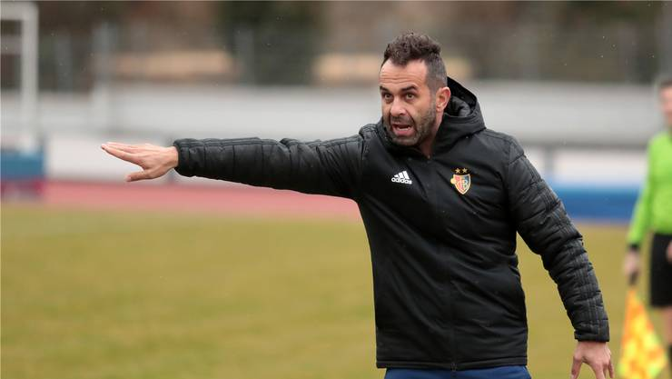 FCB-U21-Trainer Arjan Peço kann mit seinem Team aktuell nicht spielen.