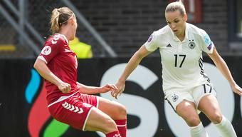 Zwei Torschützinnen in Rotterdam: Isabel Kerschowski (rechts) und Theresa Nielsen (links)
