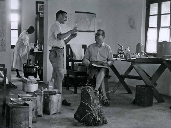 Erstes Feldlabor des Schweizerischen Tropeninstituts im Patreshaus der Kapuzinermission in Ifakara, Tansania (Archiv Swiss TPH 1949).