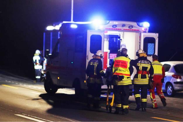 Die Verunfallten wurden mittelschwer bis schwer verletzt.