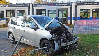 Glattalbahn kollidiert mit Auto – an ähnlicher Stelle wie vor 3 Wochen
