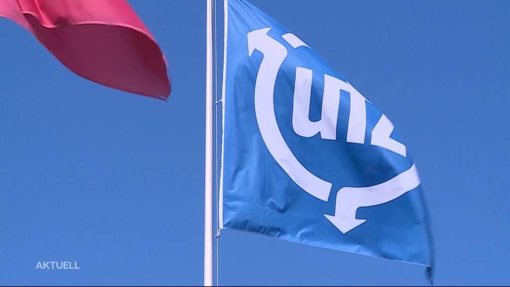 Thumb for ‹Impfprämie: Mitarbeiter der UTZ-Gruppe in Bremgarten kriegen 200 Franken für den Pieks ›