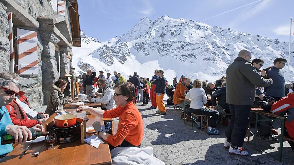 Waadt lässt Restaurants an den Skipisten offen