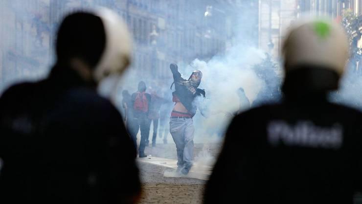 Gewalt und Drohungen gegen die Polizei seien alltäglich geworden.