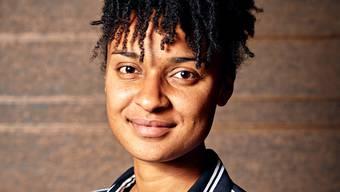 PortrŠt der Sport-Kolumnistin Sarah Akanji. Aufgenommen am 04. November im Restaurant Loft Five in ZŸrich.