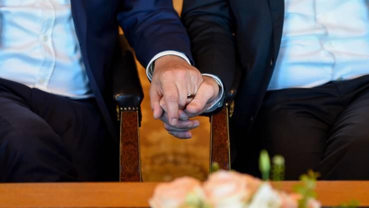 Die Schweiz ist eines der letzten Länder Westeuropas ohne eine «Ehe für Alle» mit sämtlichen Rechten und Pflichten. (Symbolbild)