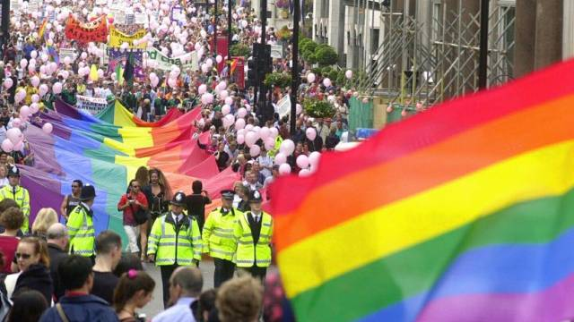 Umzug zur Gay Pride in London (Archiv)