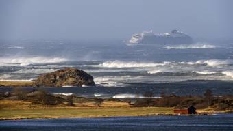 Das Kreuzfahrtsschiffs «Viking Sky» treibt auf die Küste zu