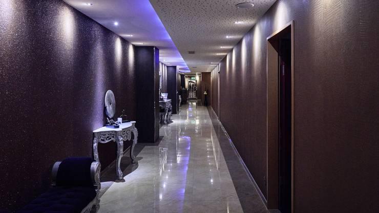 In die neuen luxuriösen Zimmer kommt man direkt über den Lift aus der Tiefgarage. «Männer, die Diskretion wünschen und nicht im Club gesehen werden wollen, läuten unten in der Tiefgarage und wir schicken den Lift dann runter», sagt Lukas Schelbert vom Soprano Club.
