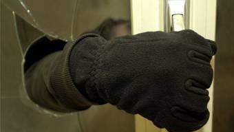Der 35-jährige Kosovare war in mehrere Geschäfte eingebrochen. Symbolbild
