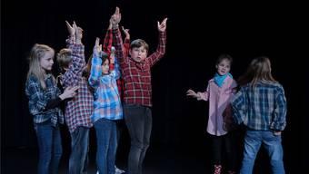Die 7- bis 11-Jährigen zeigten bei ihrer Aufführung Theater im Comic-Stil.