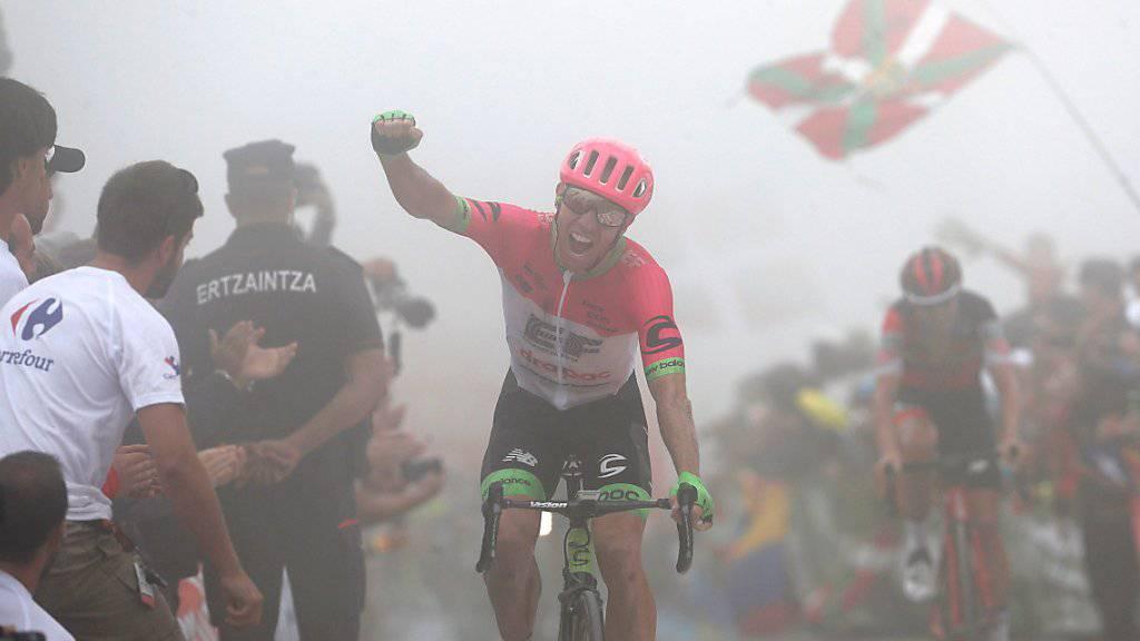 Bei dichtem Nebel im baskischen Hochland: Der Kanadier Michael Woods gewinnt die 17. Etappe der Spanien-Rundfahrt
