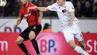 Frederik Sörensen (rechts), hier in einem Spiel des 1. FC Köln gegen Eintracht Frankfurt (Haris Seferovic)
