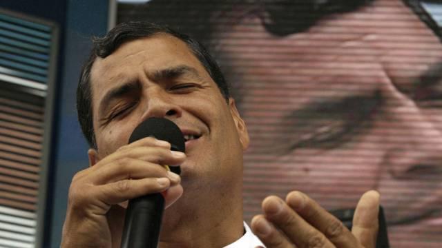 Ecuadors Präsident Correa während seiner wöchentlichen Ansprache