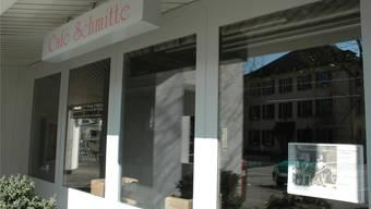 Das Café Schmitte «De Finibus Terrae» in Lengnau schliesst. (Archiv)