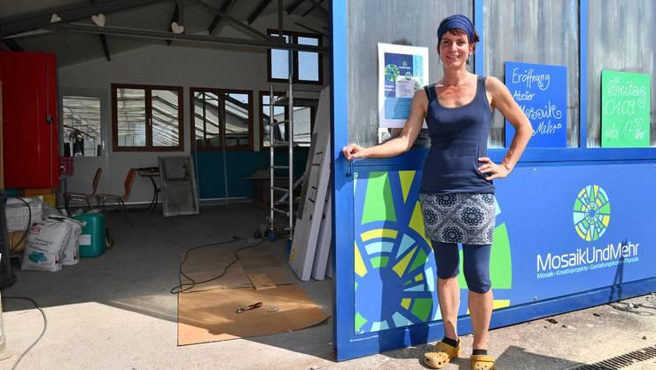 Nicole Maurer feiert am 1. September die Eröffnung ihres kreativen Ateliers «MosaikUndMehr» in der Alten Gärtnerei in Härkingen. Bruno Kissling