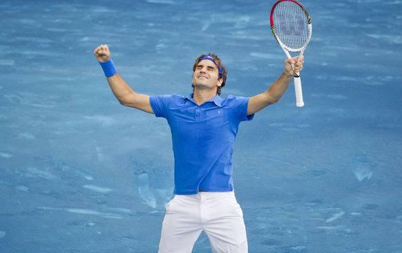 Federer triumphiert auf blauem Sand.