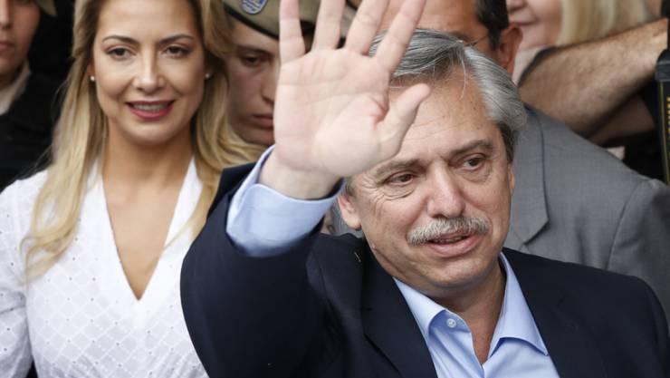 Der neue Präsident Argentiniens heisst Alberto Fernández - der Oppositionskandidat hat die Wahl am Sonntag gewonnen.