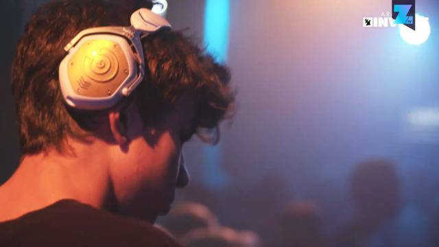 Erst 14 Jahre alt und schon ein gefeierter DJ
